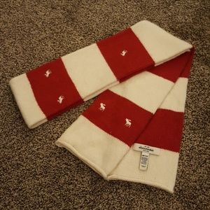 Abercrombie & Fitch Striped Scarf 8%Rabbit hair
